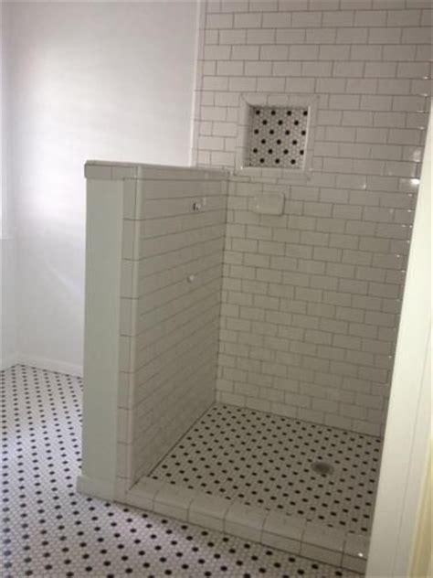 merola tile metro hex matte white  black dot          mm porcelain mosaic tile  sq ft case fdxmhmwd bathroom