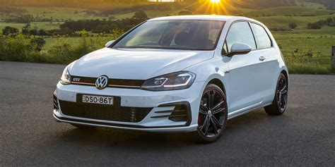 Volkswagen Golf Photo by 2018 Volkswagen Golf Gti Original Drive Photos
