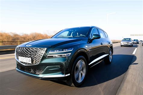 First drive review: 2021 Genesis GV80 brings crossover ...