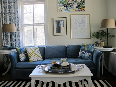 paint colors for living room with blue furniture