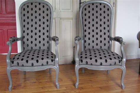 chaise voltaire fauteuil voltaire avec bois brut recherche