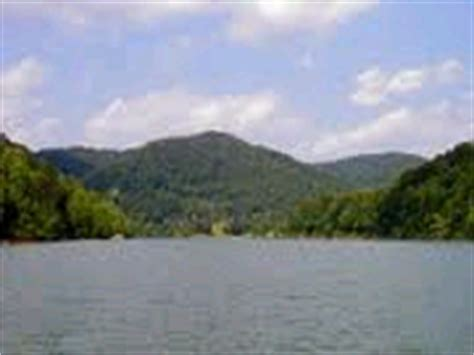 Boat Registration Ky by Fishing And Boating Buckhorn Lake Kentucky