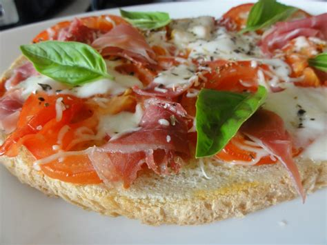 bruschetta tomate mozza dorigine italienne aux fourneaux