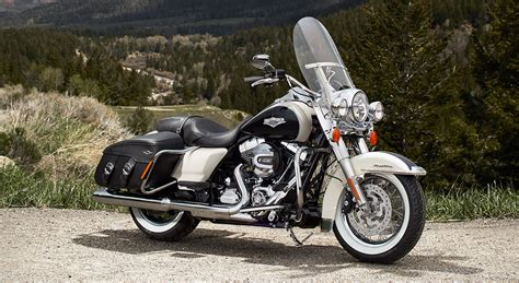 Harley-davidson Road King Classic Shows 2014 Upgrades