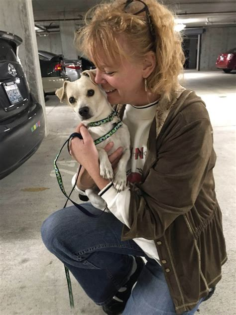 Edmonds Woman Now Happy Owner Of California  Ee  Shelter Ee   Dog