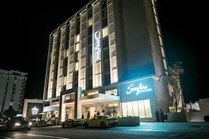 Grandiosa Apertura Serafina Beach Hotel