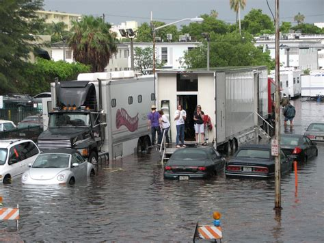 Miami battles rising floodwaters even as development booms ...