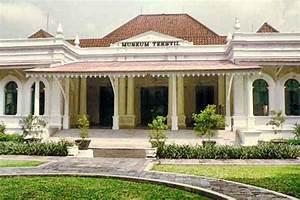 Museum Tekstil Jakarta Untuk Belajar Batik — I Love Jakarta