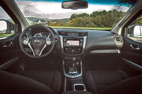nissan navara interior test nissan navara 2 3 dci a t 140 kw auto journal