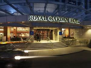 Royal garden hotel 2017 room prices deals reviews for Royal garden inn