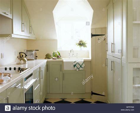 kitchen design belfast butler sink stock photos butler sink stock images alamy 1103