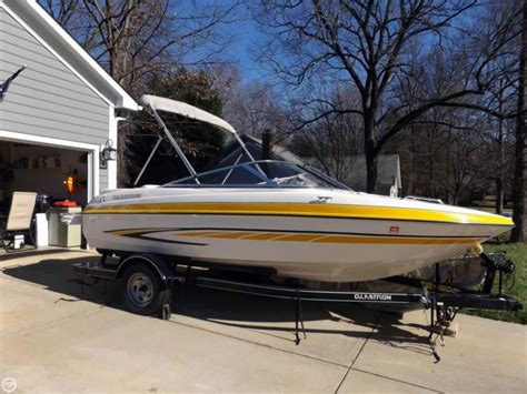 Glastron Boat Dealers In Nc by 2007 Used Glastron Gt 185 Bowrider Boat For Sale 13 250