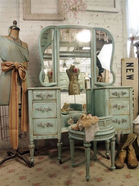 17 best ideas about vintage furniture on