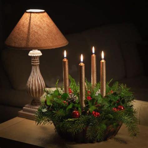 idee per candele 12 centrotavola natalizi fai da te creativi con candele e
