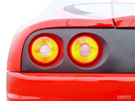 image  ferrari   door coupe modena tail light
