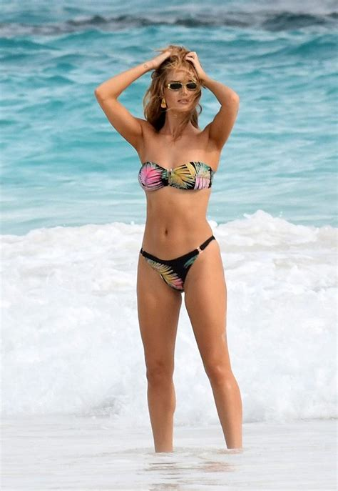 Rosie Huntington Whiteley Topless Jason Statham S Wife