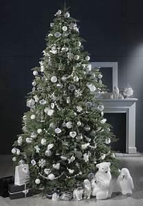 Deco Noel Blanc : decoration sapin de noel blanc maison du monde ~ Teatrodelosmanantiales.com Idées de Décoration