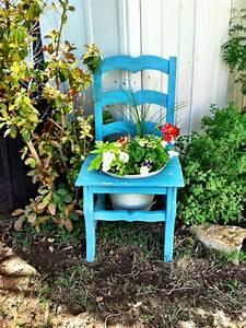 Alten Stuhl Bepflanzen. take a seat. einen stuhl bepflanzen ...