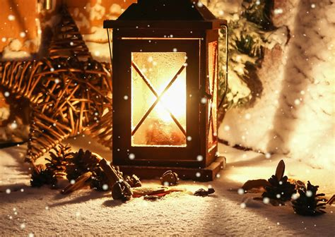 Winter Flashlight Candle Light Lantern Lamp Bokeh F