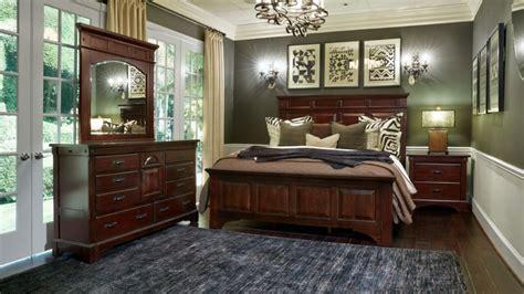 Gallery Furniture Bedroom Sets by Hidalgo King Bedroom Set