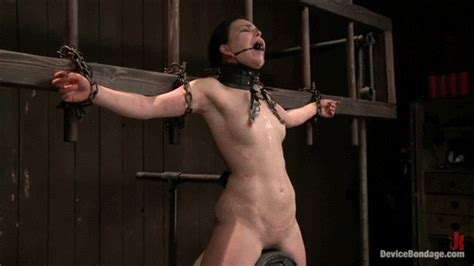 Chained Up Hottie Rides Sybian Till She Screams Todd1928