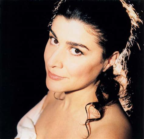 cecilia bartoli mezzo soprano short biography