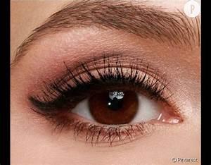 Maquillage Pour Yeux Marron : maquillage yeux marrons discret ~ Carolinahurricanesstore.com Idées de Décoration