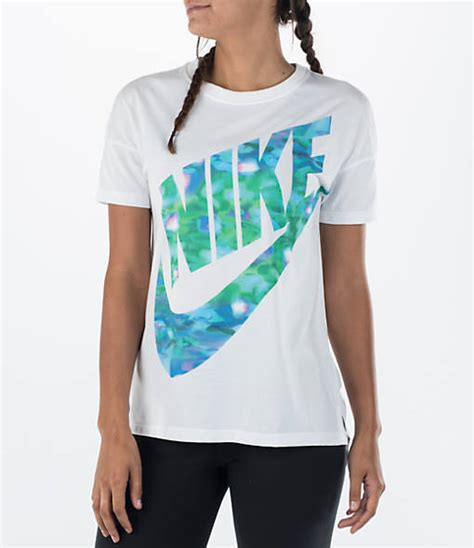 Tshirt Nike Finish Line s nike signal graphic t shirt finish line