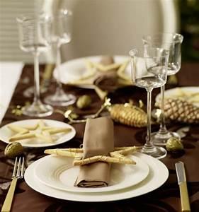 Tischdeko Zu Weihnachten Ideen : schaffen sie eine bezaubernde tischdeko zu weihnachten ~ Markanthonyermac.com Haus und Dekorationen