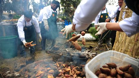 perus pitmasters bury  meat   earth  style