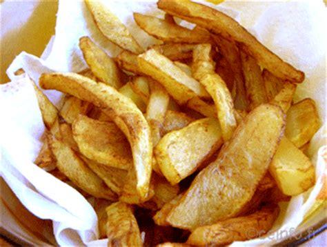 faire des frites maison frites maison croustillantes et dor 233 es recette tr 232 s facile recettes 224 base de pommes de terre