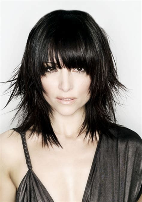black hair cut styles medium length choppy hairstyles with bangs medium 6346