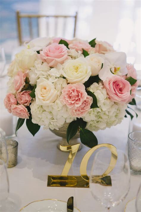 The 25 Best Carnation Centerpieces Ideas On Pinterest
