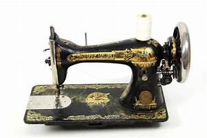 Nähmaschine Auf Rechnung : antike singer manufacturing schwingschiffchen n hmaschine gusseisen gypt motiv ebay ~ Themetempest.com Abrechnung