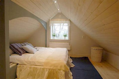 10 Coolest Attic Bedroom