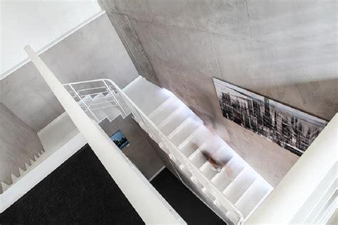 Flur Gestalten Betonoptik by Treppenhaus So Machst Du Den Funktionellen Raum Sch 246 N