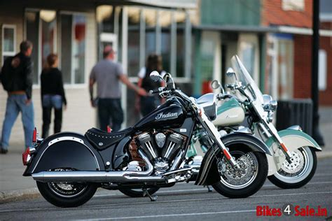 Indian Chief Classic Motorcycle Picture Gallery