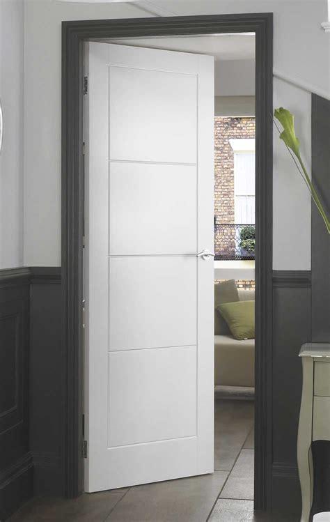 ladder smooth white primed door