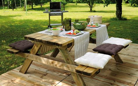 picnic tables burger