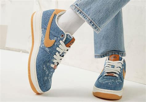 Levi's x Nike Offer Denim on Nike By You