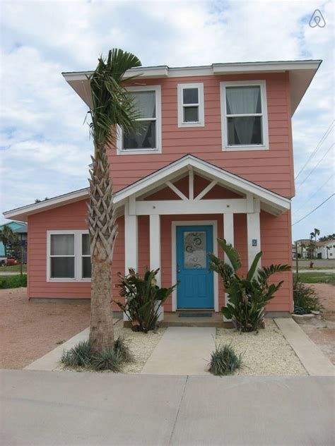 corpus christi cabins coral cottage cozy clean and cool vacation rental in