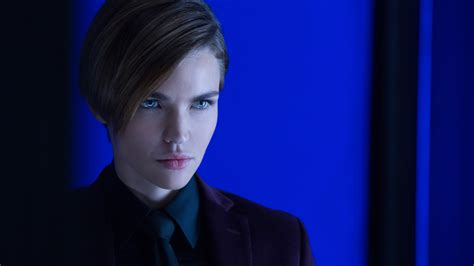 wallpaper ruby rose ares john wick chapter