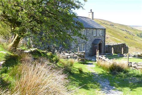 Cottage In Snowdonia hafod y rhedrwydd to rent in snowdonia character cottages