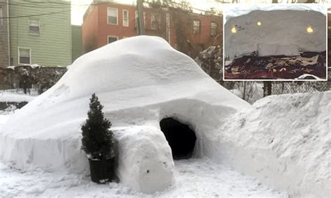 Garden Igloo Erfahrungen by New Yorker Builds Igloo And Lists It On Airbnb During