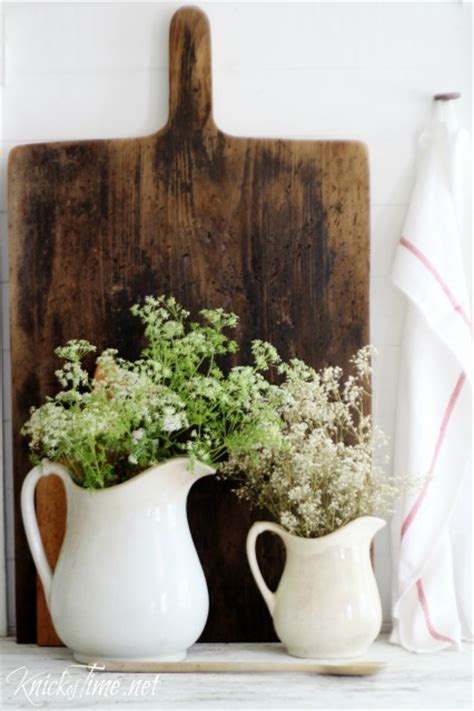 farmhouse decor   thrifty diy projects