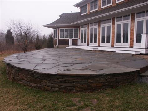 raised patio garden
