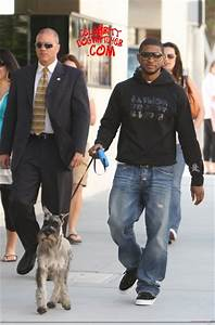 Usher, Walks, A, Dog, In, The, City, Of, La