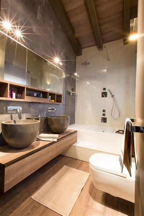 kleine badkamer hout hout in ontwerp van badkamer luxe chalet badkamers