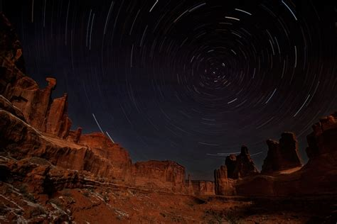 arches canyonlands monument valley night photo