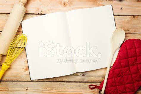 livre de cuisine vierge livre de recette vierge sur table en bois photos